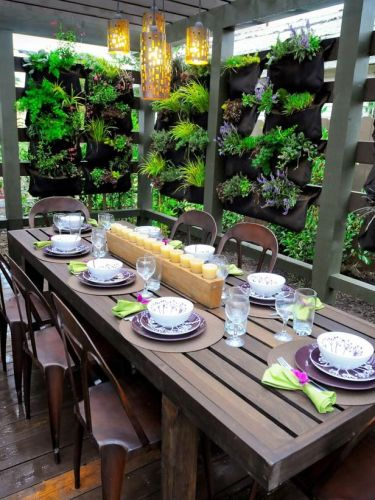 pocket garden patio dining