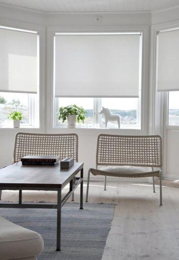 9 modern roller blinds shade design ideas decorated life - Estores para salones ...