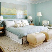 Bedroom Decorating Ideas: What to Hang Over the Bed