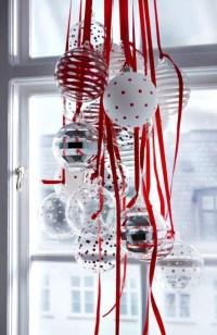 ornament-christmas-window-decorating-idea