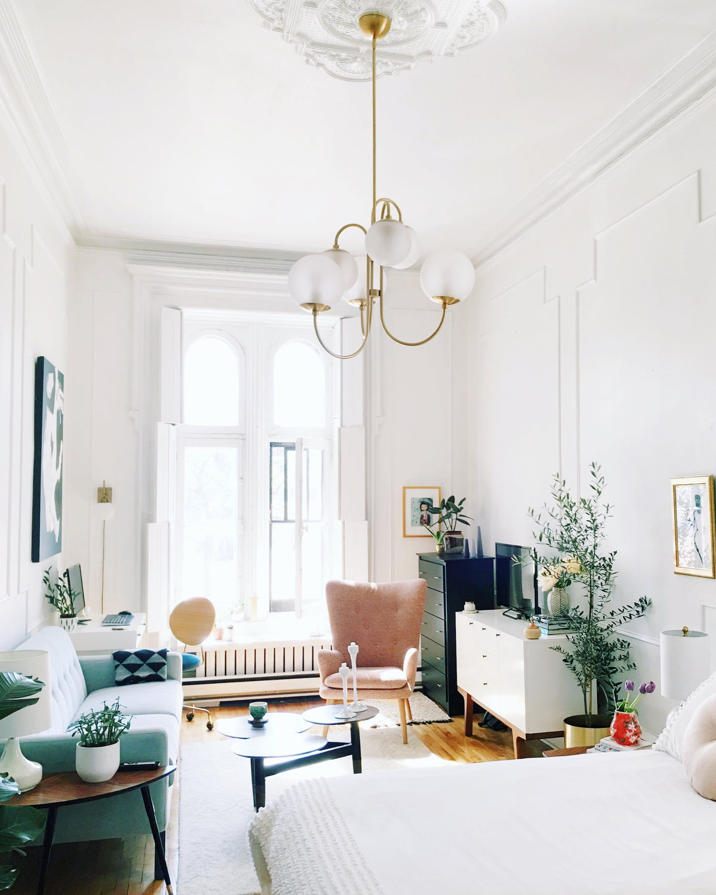 Small Apartment Interior 5 Small Apartment Decorating Tips To Make The Most Of Your Space