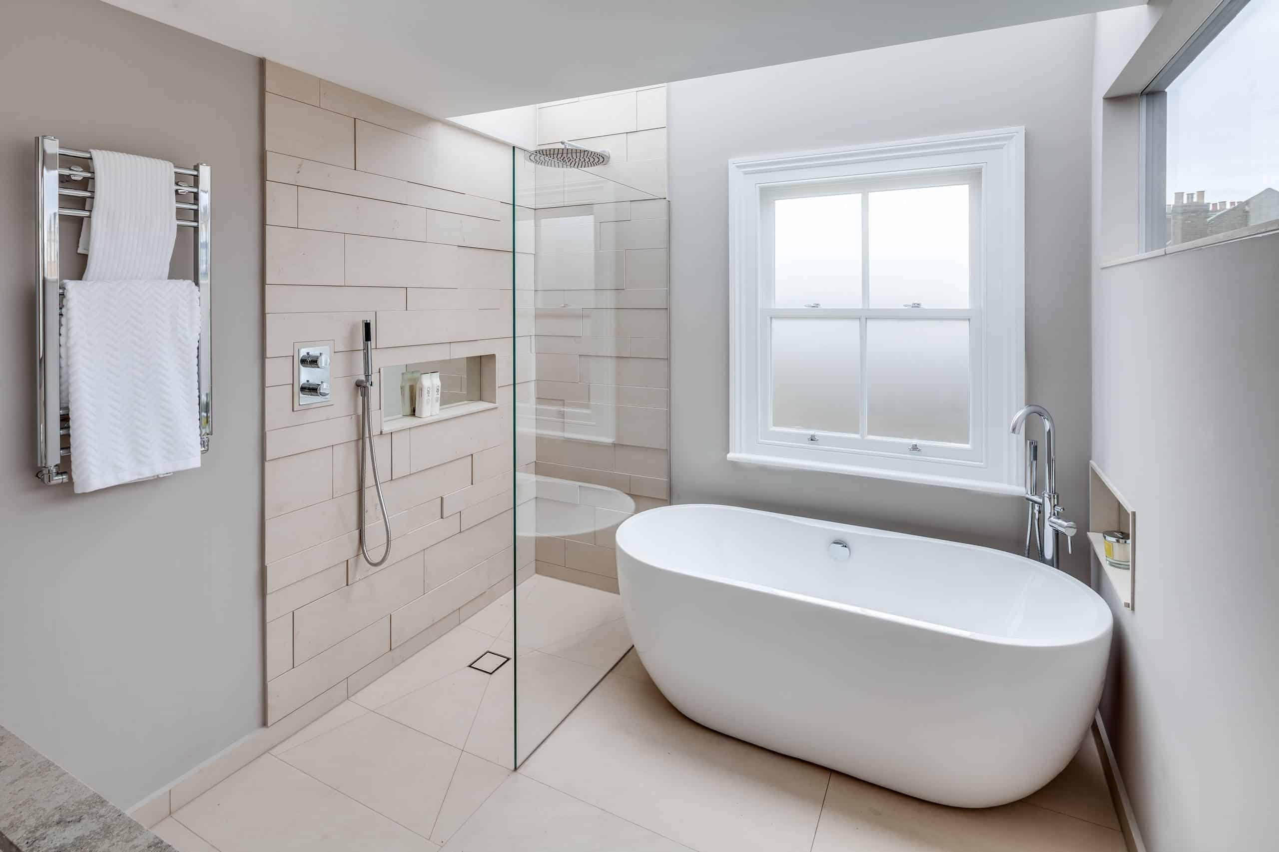 18 Modern Walk In Shower Ideas And Designs For 2020 Photos
