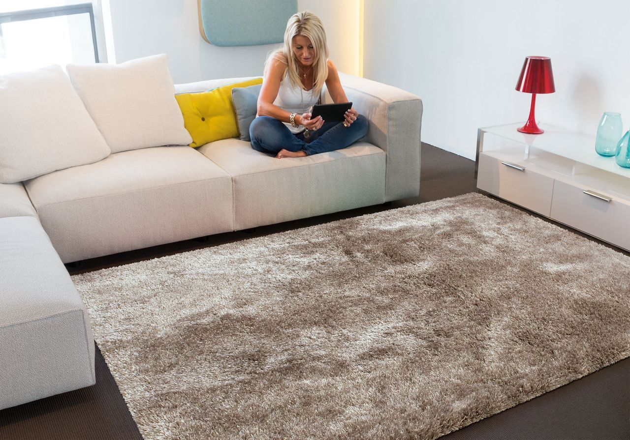 Tapis Salon 200x300 Tapis Lounge Collection Swing Shaggy Taupe 200x300