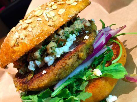 grubburgerbar-dallas-blogger-deepfriedfit15