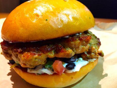 grubburgerbar-dallas-blogger-deepfriedfit16