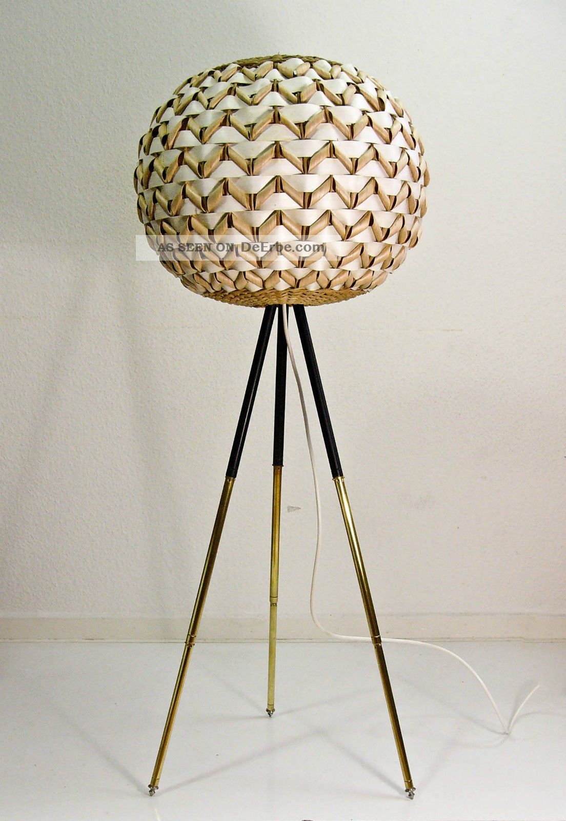 Gold Kaufen Kiel Dreibein Lampe. Simple The Best Ideas About Stehlampe On