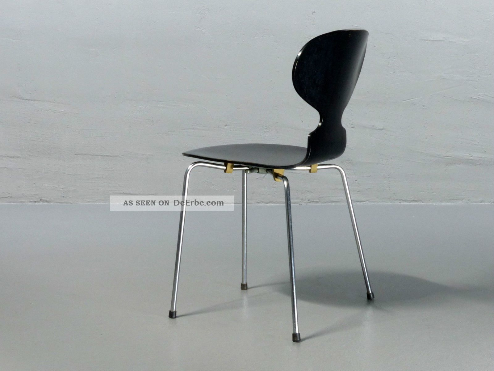 Chaise Ant Arne Jacobsen Ameise The Ant Chair 3 Legs Coloured Ash 4