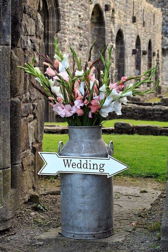 Mariage Champetre Exterieur 30 Rustic Country Wedding Ideas With Milk Churn | Deer