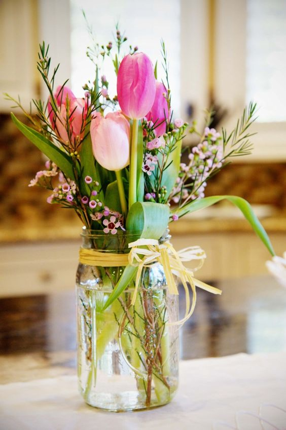 Blumen In Vase 30 Best + Cheap Rustic Mason Jar Wedding Ideas | Deer