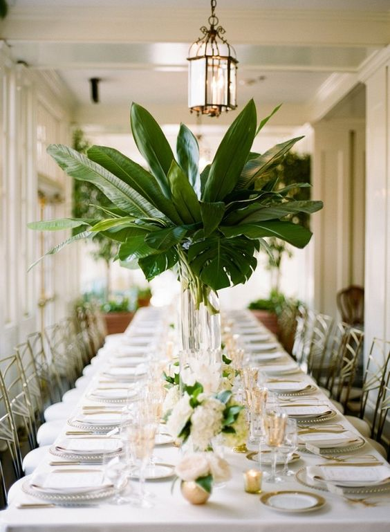 Pantone Color 2016 2018 Trend: Tropical Leaf Greenery Wedding Decor Ideas