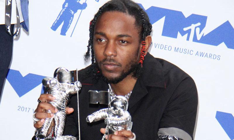 Rapper Kendrick Lamar snags 6 VMA Awards - DefenderNetwork