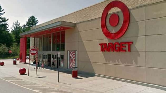1 Year Old Left In Shopping Cart At Target Parking Lot