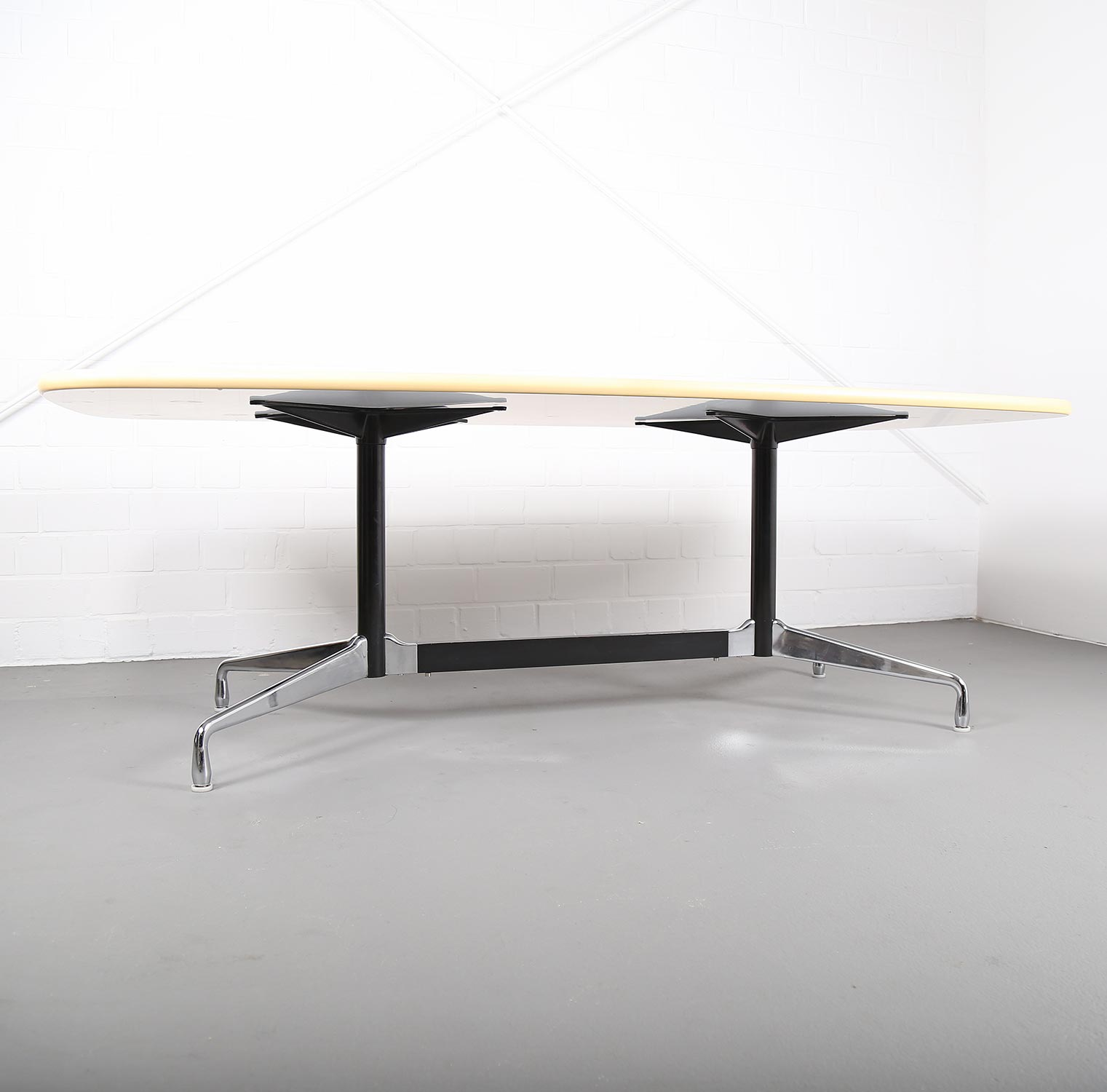 Esstisch Eames Segmented Table Konferenztisch Esstisch Ray Charles Eames For