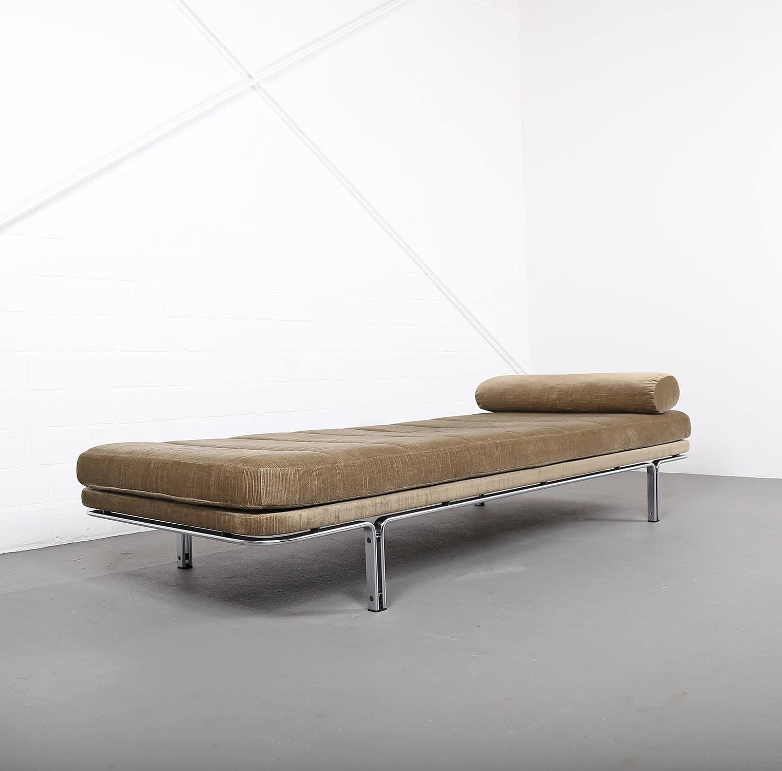 Welches Kopfkissen Daybed Modell 6915 Horst Brüning For Kill International