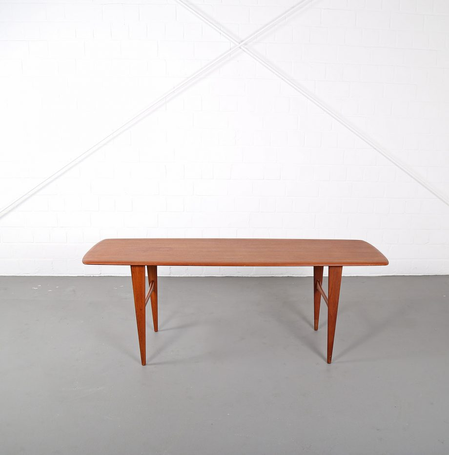 Teak Couchtisch Danish Danish Design Coffee Table In The Manner Of Peter Hvidt For France Søn