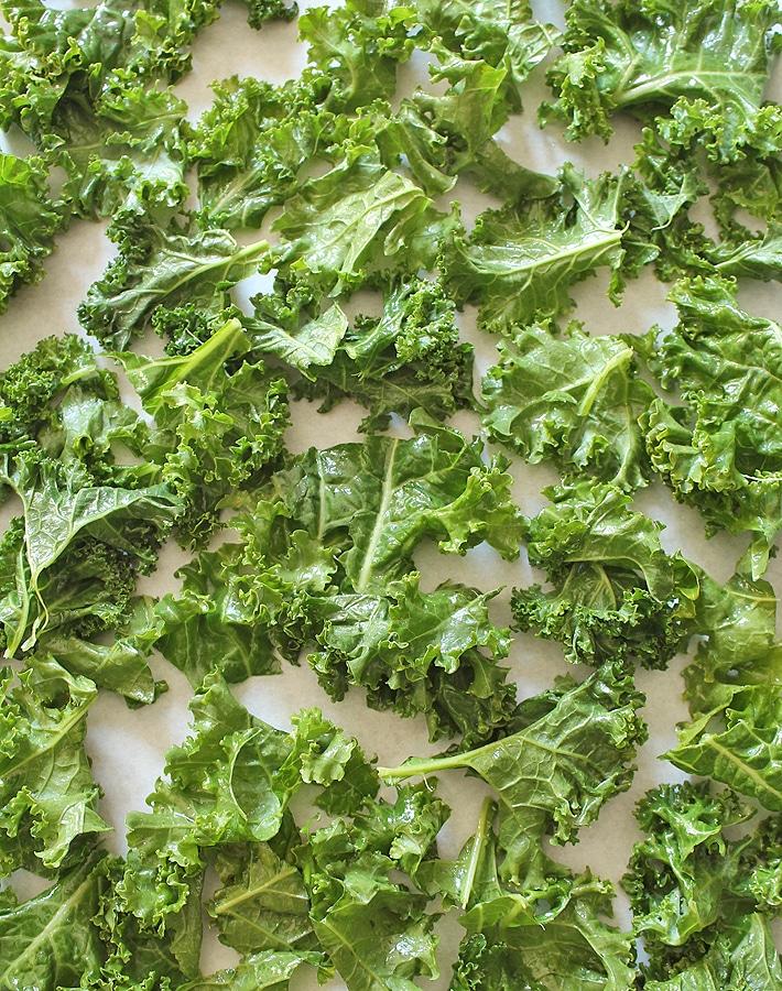 Easy Kale Chips - Delightful Adventures