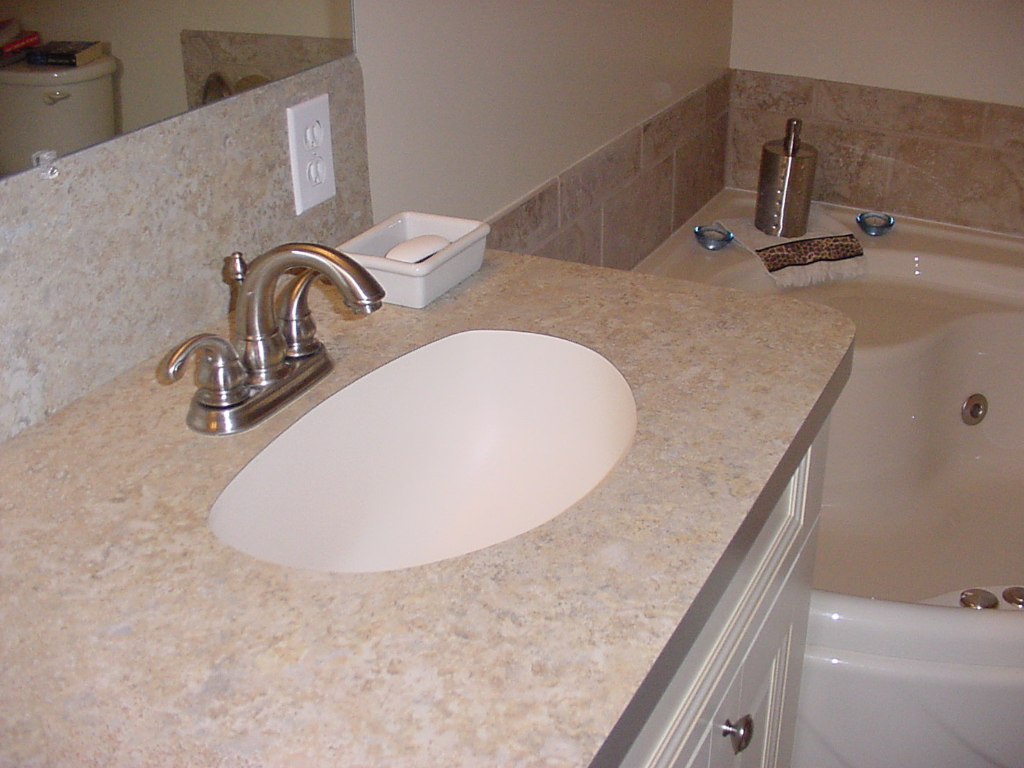 How To Install An Undermount Sink In A Laminate Countertop Undermount Sinks Delorie Countertop And Doors