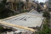 Cuestionan construcción escuela que derribó María