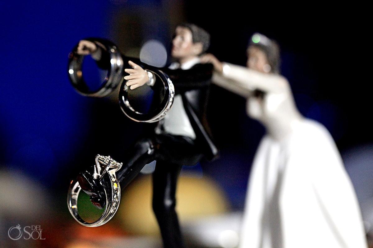 best engagement wedding rings wedding ring cake topper Wedding Ring Cake topper runaway groom