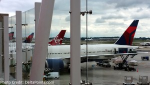 delta and virgin tails at atl skyclub skydeck delta points blog