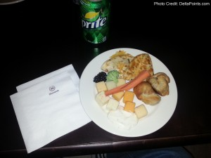 Snacks in the club lounge Sheration IAH Delta Points blog