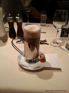 coffee lufthansa 1st class terminal fra delta points blog