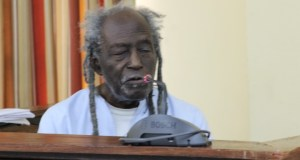 Eusi Kwayana testifying before the Walter Rodney Commission of Inquiry.