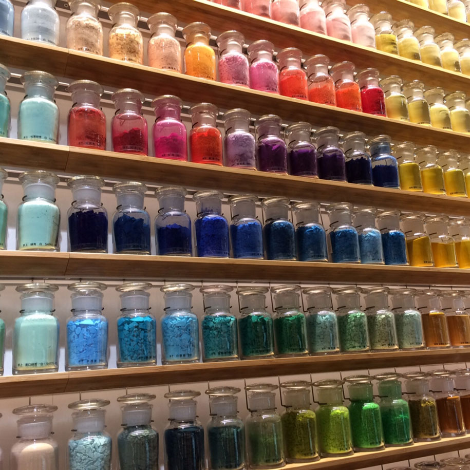 Art Store New Art Store In Tokyo Lined Its Walls With 4 200 Different Pigments