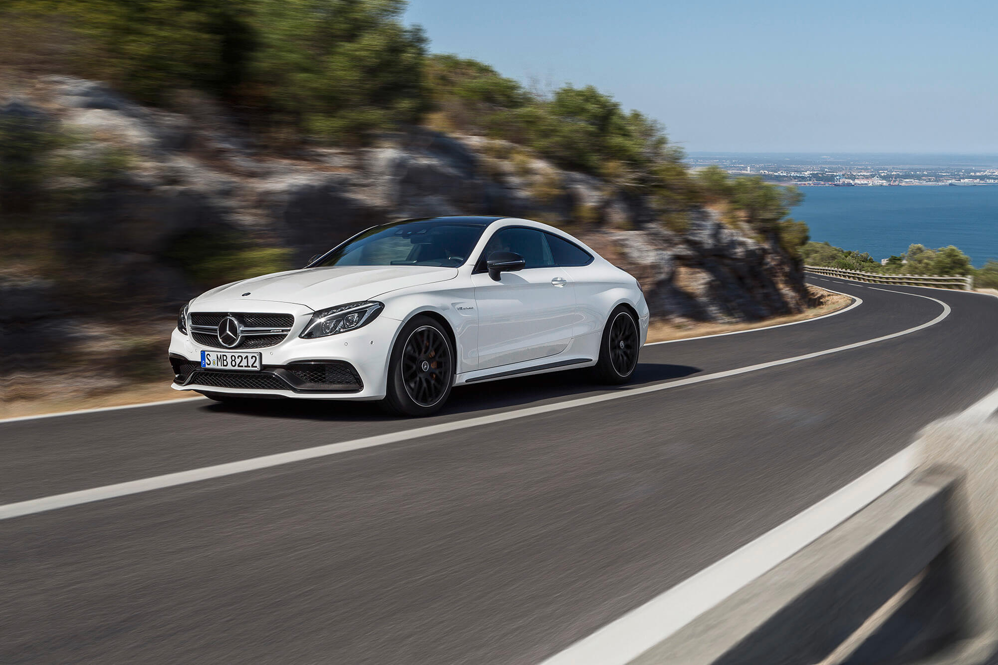 C220 Amg 2017 2017 Mercedes Amg C63 Coupe Makes Its Debut Tribune