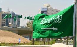 وسط مخاطر أمنية كبرى : وزير الداخلية السعودي الجديد شاب يخلف عمه المخضرم