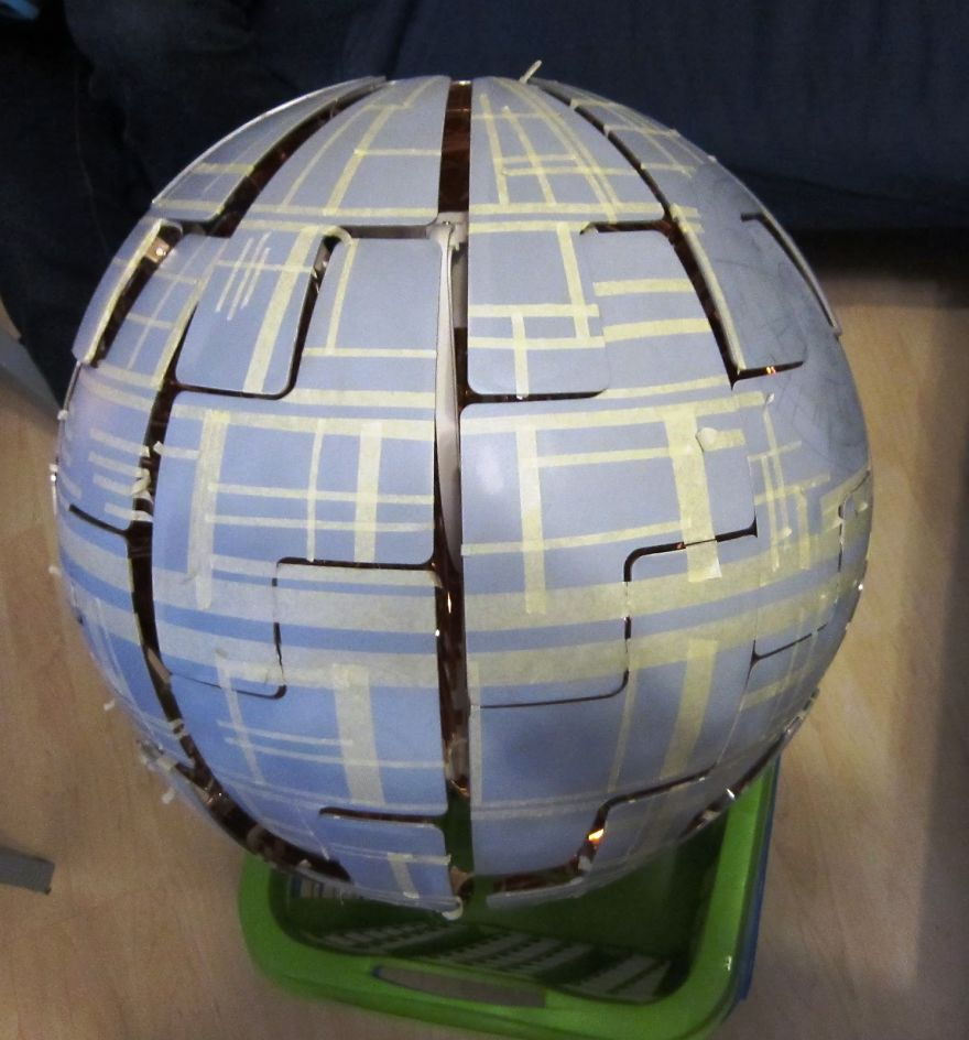Lampe Ikea En Verre Fan De Star Wars Ce Couple Transforme Une Lampe Ikea En