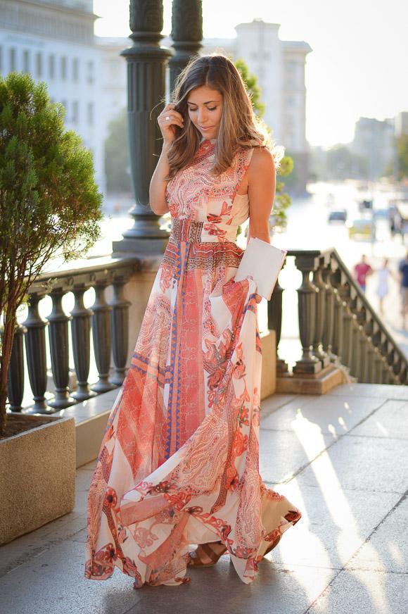 Денина с рокля от Catty в Bulgaria Mall