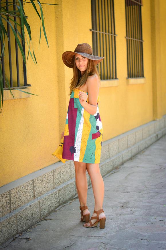 Bulgarian Fashion Blogger Denina Martin wearing a Bunga dress