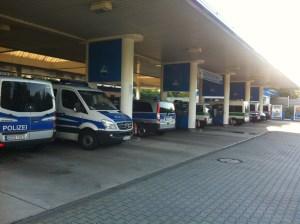 Polizeischutz für Tankstelle