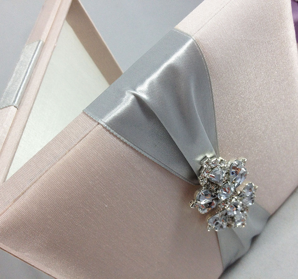 Www As Creation De Square Shaped Luxury Box For Wedding Invitations - Luxury