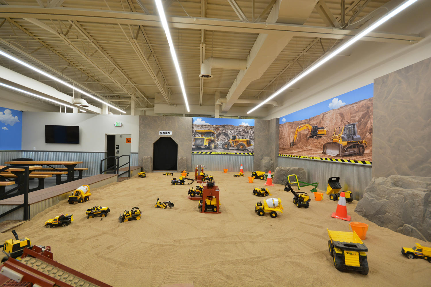 Big W Sand Pit Indoor Play Area With Oversized Sandbox Opens In Littleton To