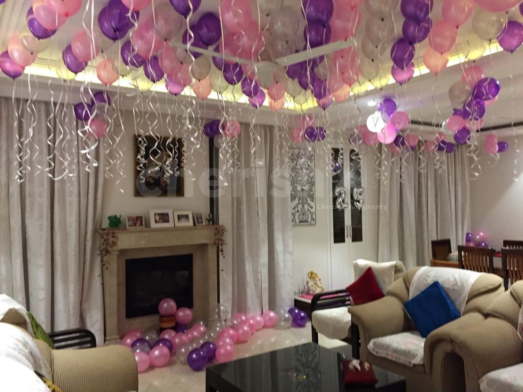 Photo Decoration In Room Balloon Surprise