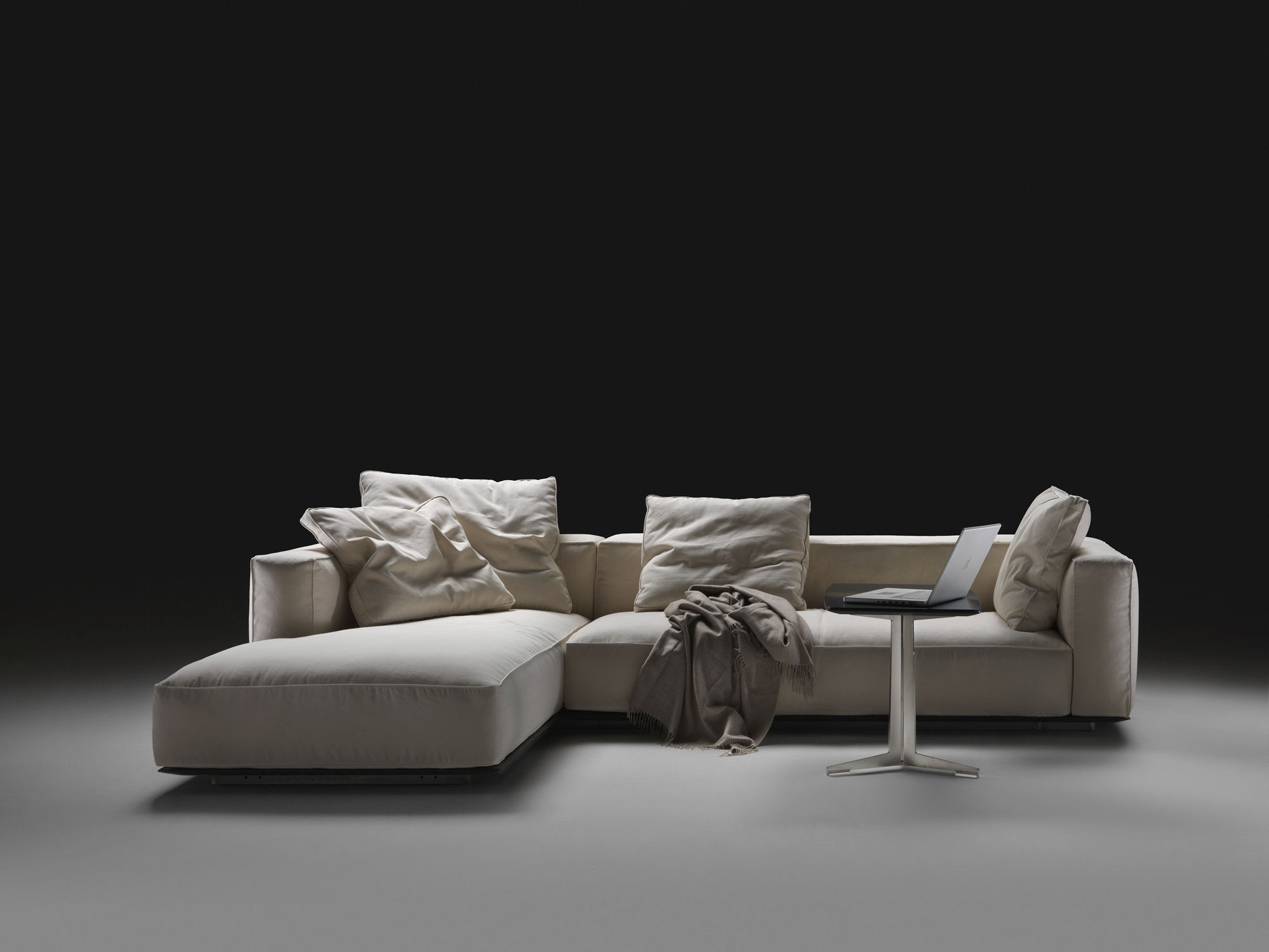 Sofa Helpdesk Flexform Beauty Sofa Deplain