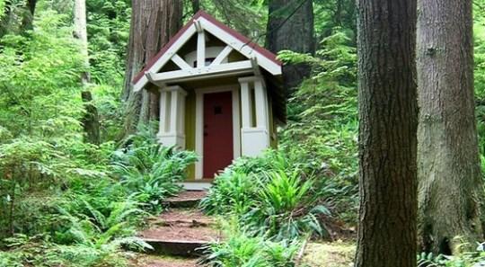 Diminuta cabaña de 10 metros cuadrados y un dormitorio