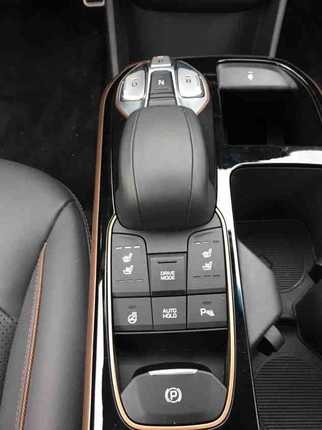 Hyundai IONIQ mit Elektroantrieb Mittelkonsole