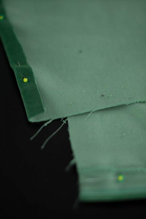 Kissen DIY Nähen Sticken Hotelverschloss schwarz weiß grün Samt-5