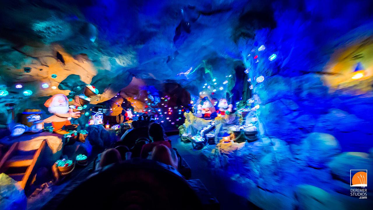 Fast Car Wallpaper Cave Sneak Peek Disney Seven Dwarfs Mine Train At Night
