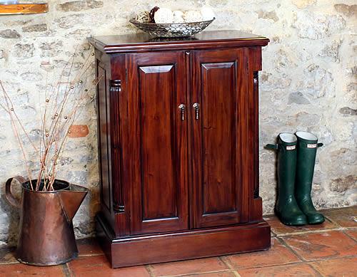 Store Mahogany Shoe Storage Cabinet La Roque