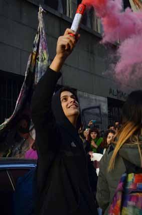 Buenos Aires: Estudantes secundaristas ocupam escolas
