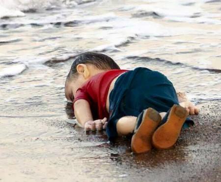 Aqueles que o mar nos devolve