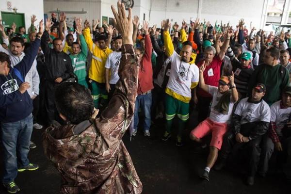 Aprovada greve na Compcap por tempo indeterminado