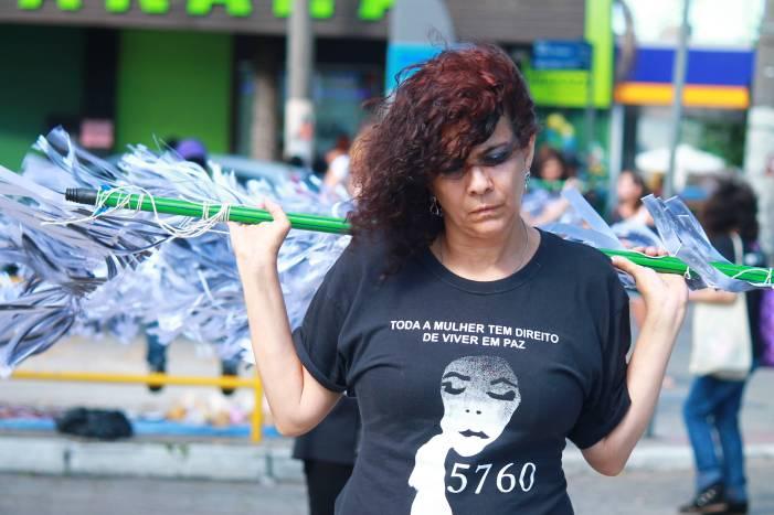 Notas sobre a luta pela emancipação da mulher