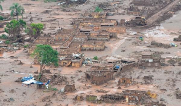 Pelo acordo extrajudicial, Samarco, Vale e BHP vão decidir quem e como indenizar por desastre