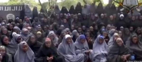 Encontrada uma das estudantes raptadas pelo Boko Haram há dois anos na Nigéria