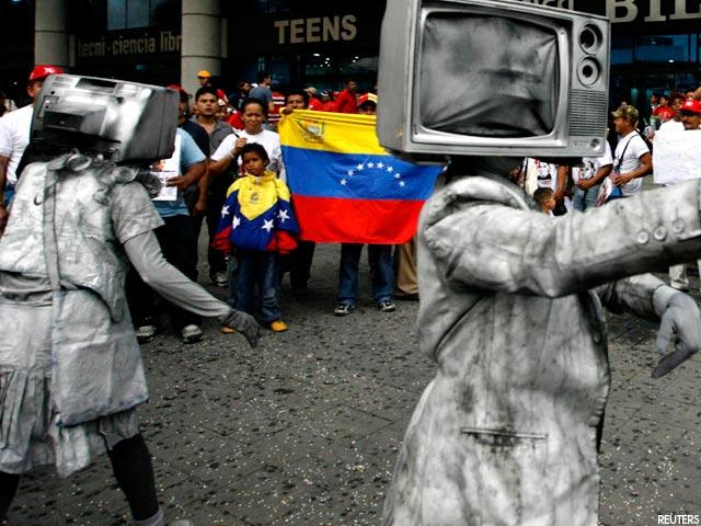 Direções gremiais da direita dão aval a censura nos meios de comunicação